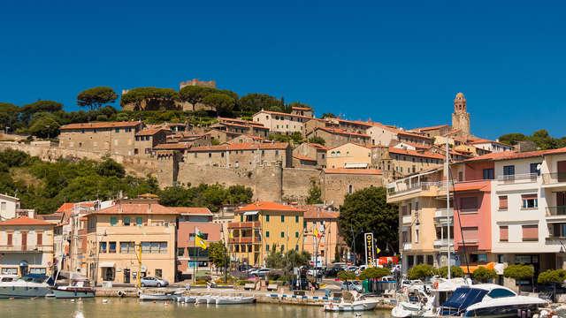 Détendez-vous sur les plages et les eaux cristallines de la Toscane