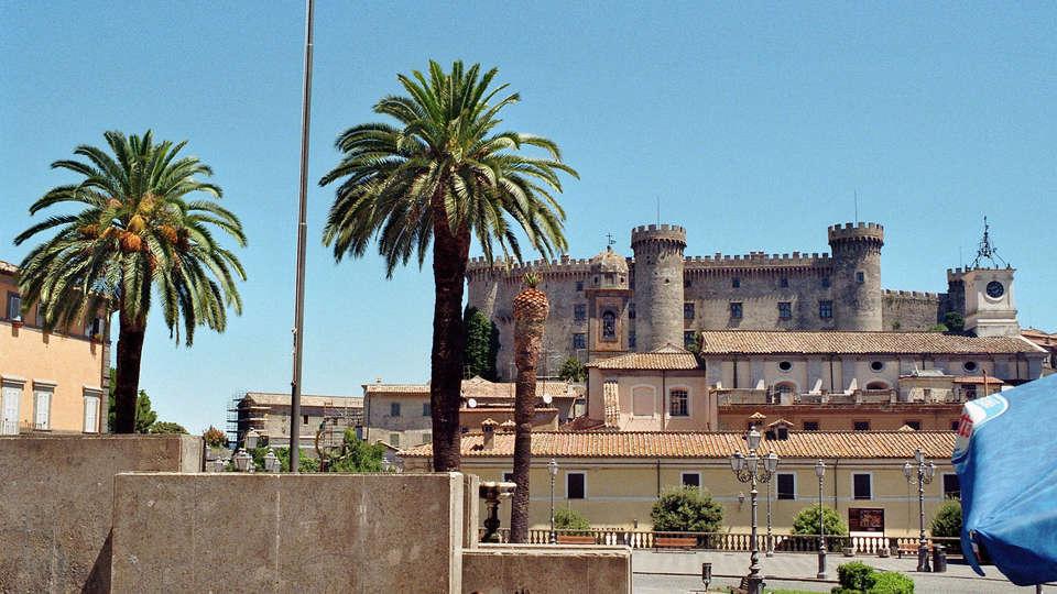 Albergo della Posta - edit_Bracciano_-_Castle_and_Town_Hall_Square.jpg