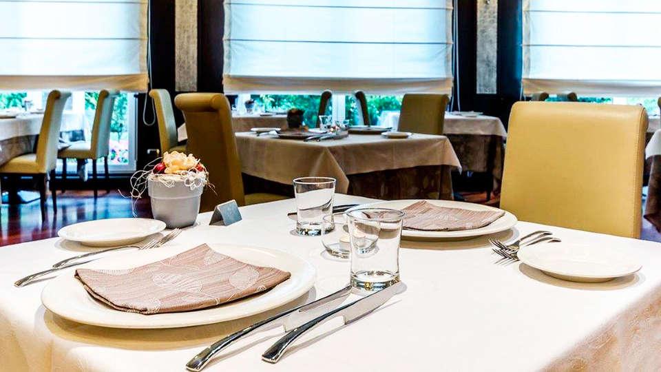 Hotel Silver - EDIT_restaurant.jpg