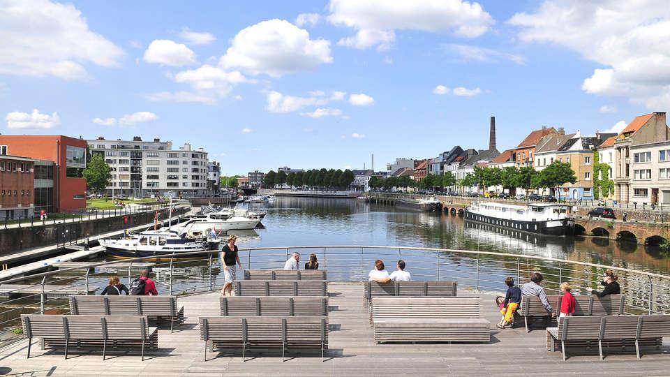 Pillows Grand Hotel Reylof Gent - EDIT_destination2.jpg