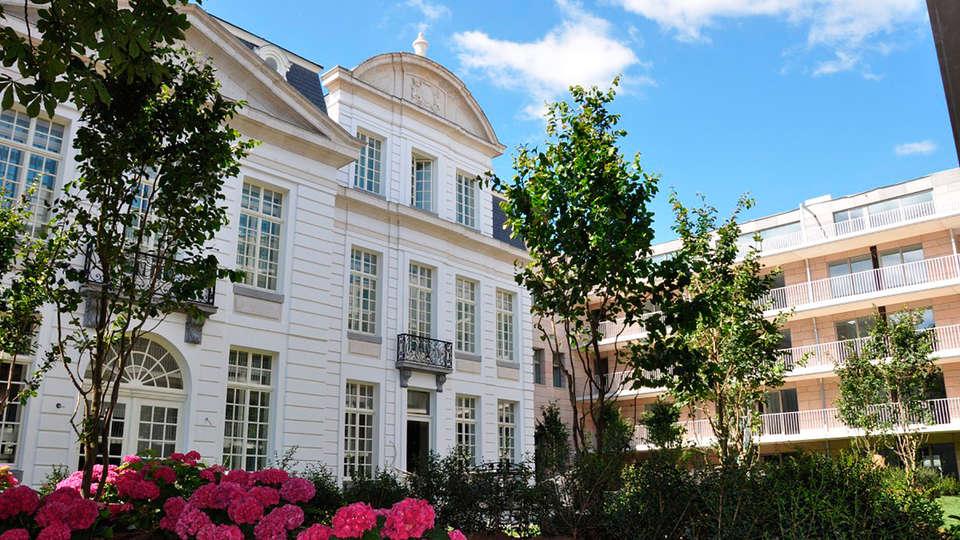 Pillows Grand Hotel Reylof Gent - EDIT_front.jpg