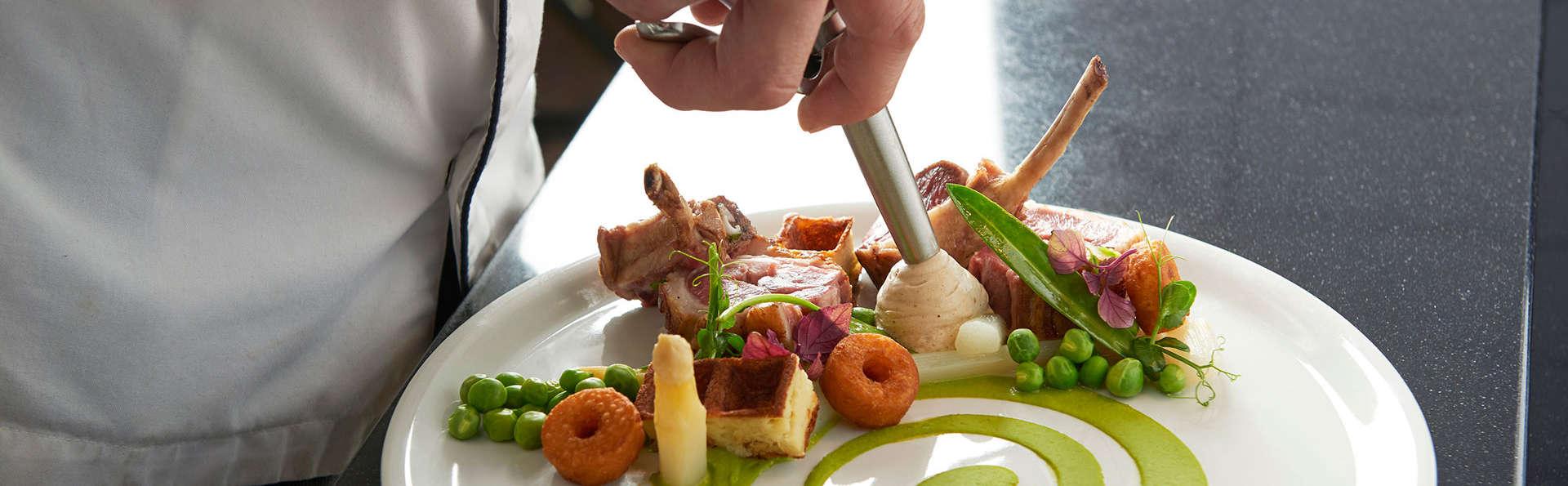 Savourez des délices culinaires et faites-vous dorloter dans le bien-être au Thermae 2000
