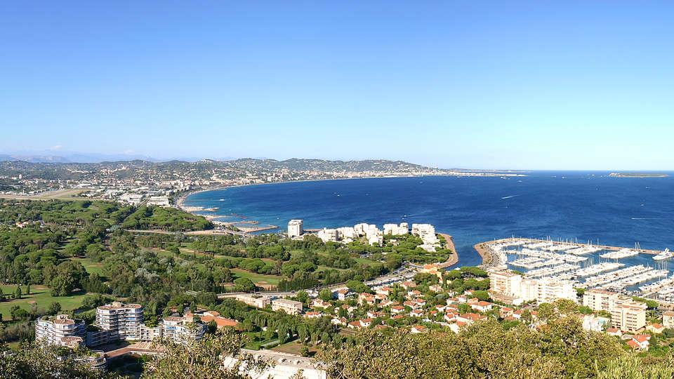 Comfort Suites Cannes-Mandelieu - EDIT_cote-d_azur1.jpg