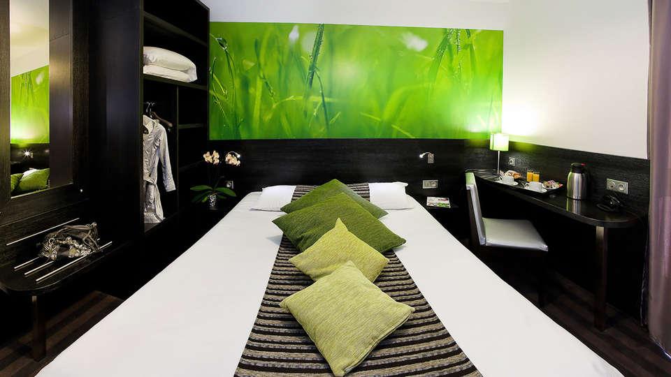 Ax Hôtel SPA & Restaurant - EDIT_room.jpg