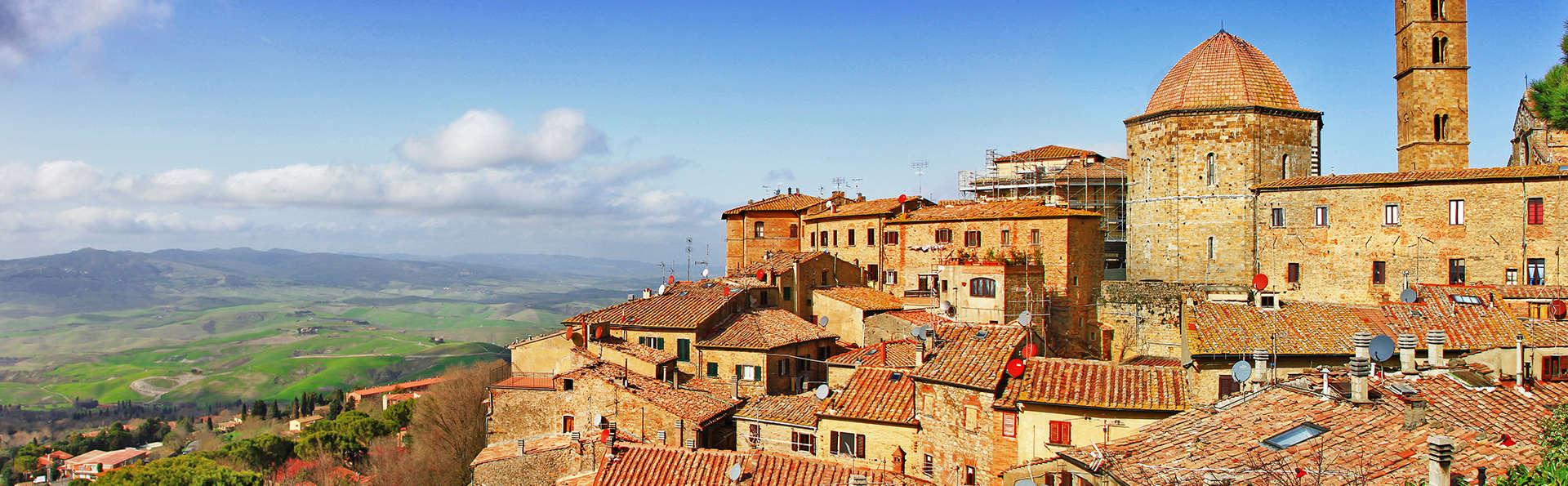 Week-end dans un 4* à la découverte de Volterra !