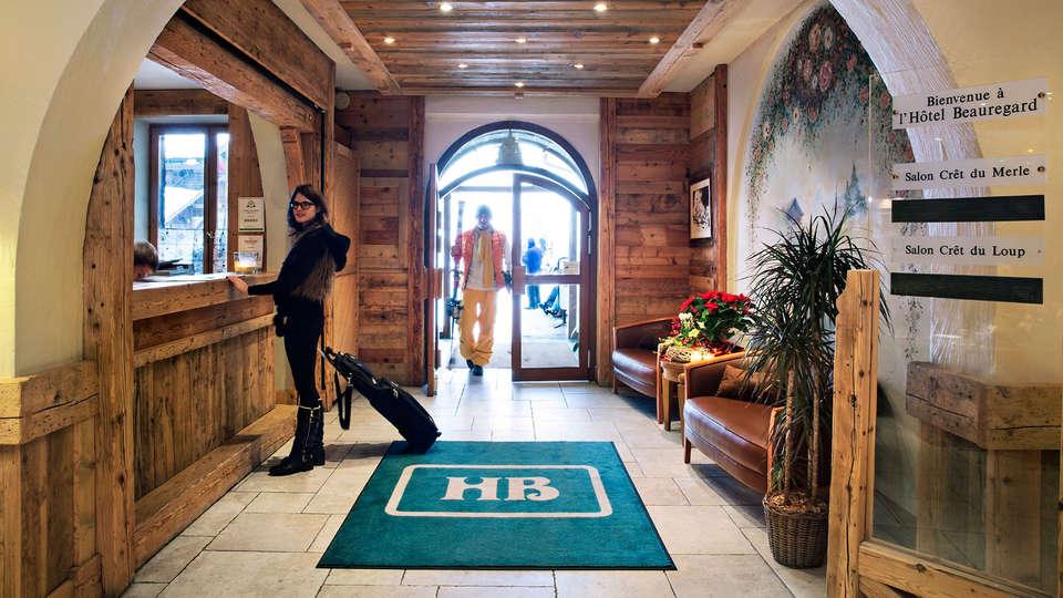 Hôtel Beauregard - EDIT_reception.jpg