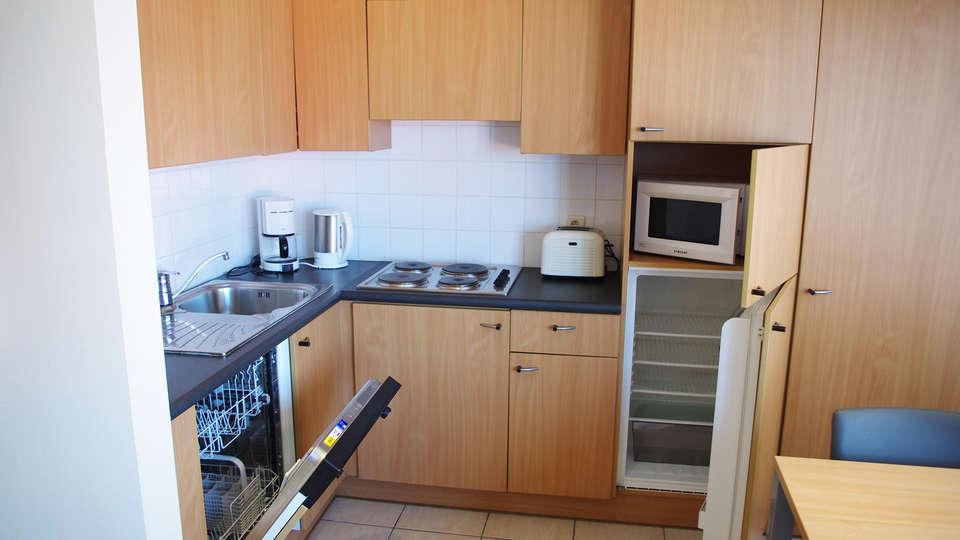 El Mirador Quality Stay Apartments - edit_kitchen.jpg