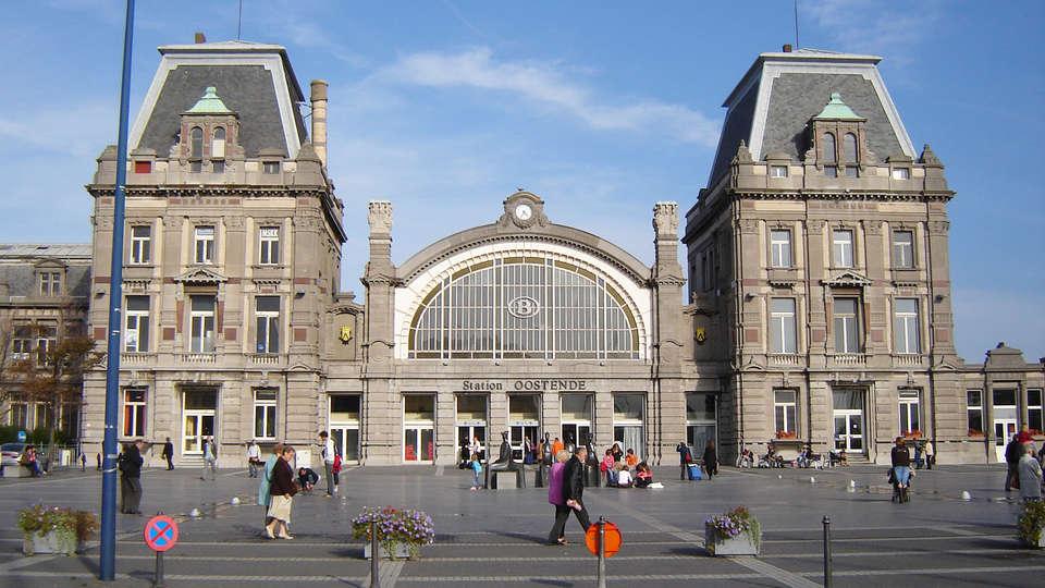 El Mirador Quality Stay Apartments - edit_Oostende_Station.jpg