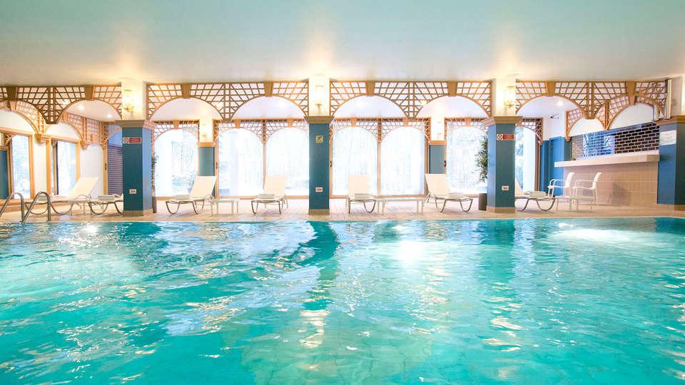 DoubleTree by Hilton Luxembourg - EDIT_Pool2.jpg