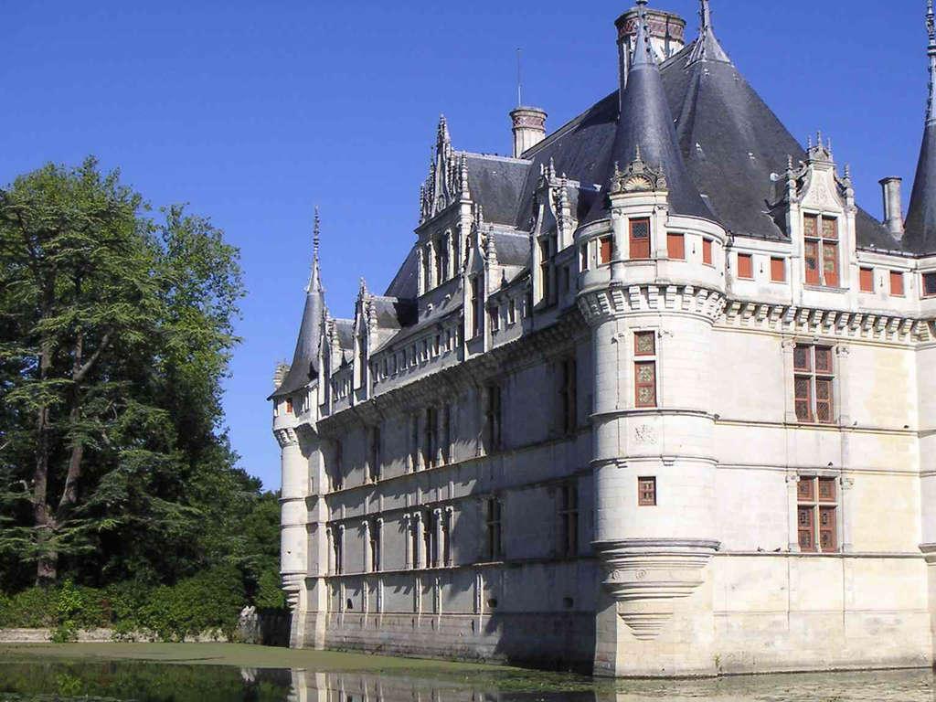 Séjour Indre-et-Loire - Séjour de charme en chambre supérieure avec dégustation de vin dans une cave à Azay-le-Rideau  - 3*