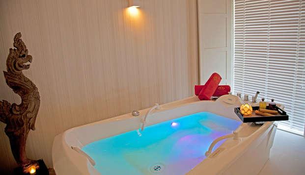 Escapada con bañera de hidromasaje en la habitación en un hotel de lujo de Vigo
