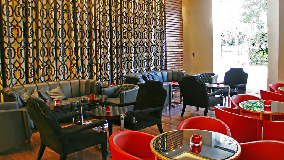 Gran Hotel Nagari Boutique & Spa - EDIT_bar1.jpg