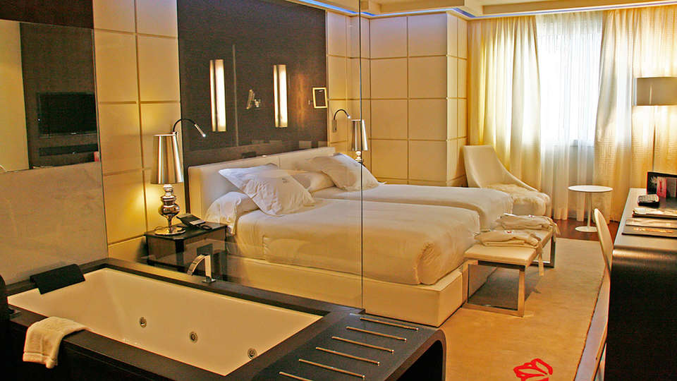 Gran Hotel Nagari Boutique & Spa - EDIT_room1.jpg