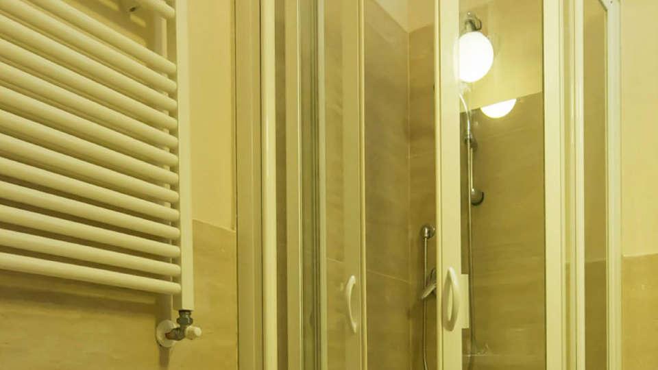 Hotel Touring Wellness & Beauty - edit_bathroom.jpg