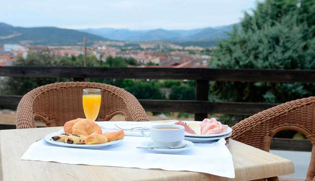 Escapada Romántica en Barco de Ávila con vistas a la Sierra de Gredos