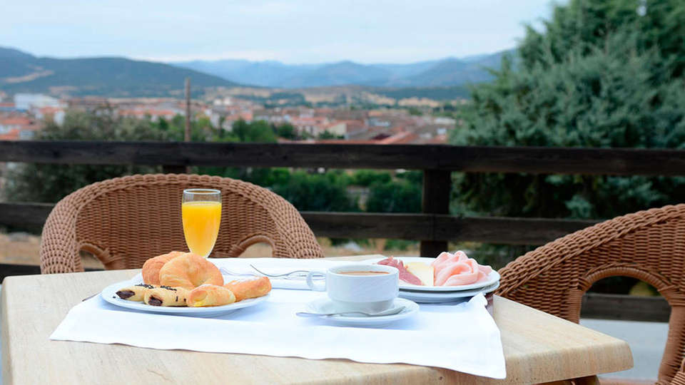 Mirador de Gredos - EDIT_breakfast.jpg