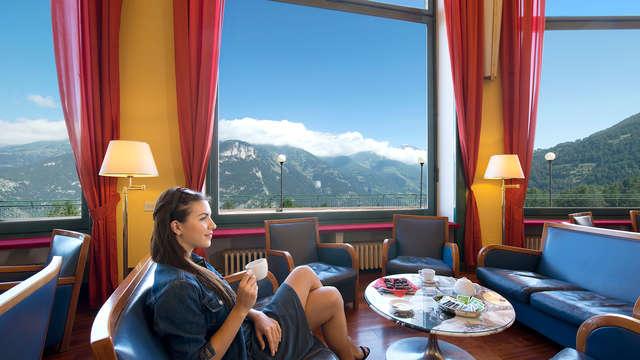 Découvrez les Alpes en demi-pension avec restaurant aux vues impressionnantes (non remboursable)
