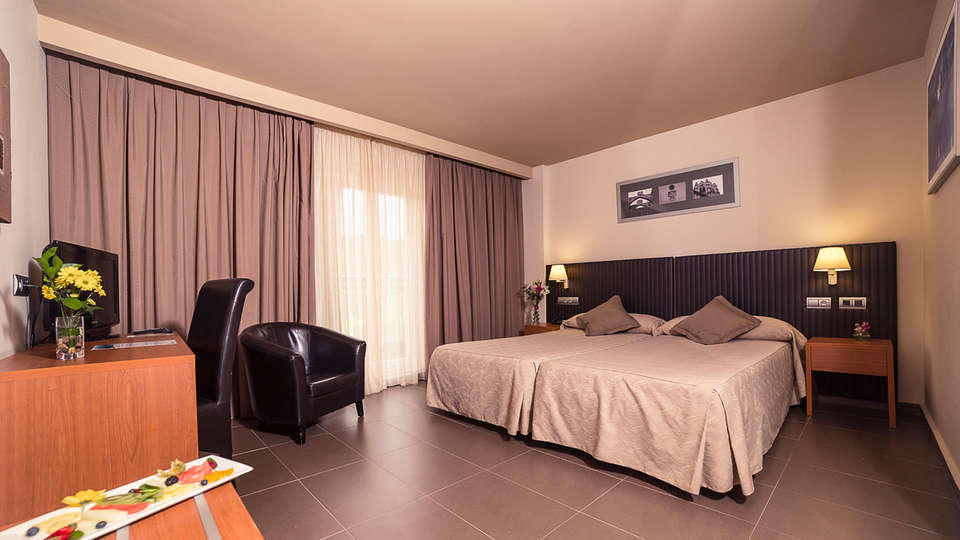 OCA Rocallaura - EDIT_Habitacion_Standard.jpg