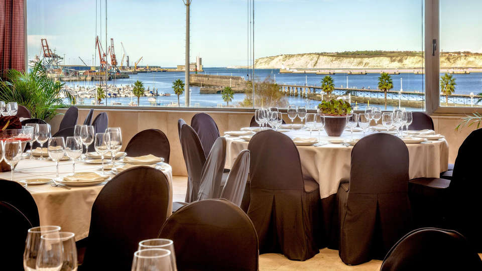 URH Palacio de Oriol - EDIT_restaurant2.jpg