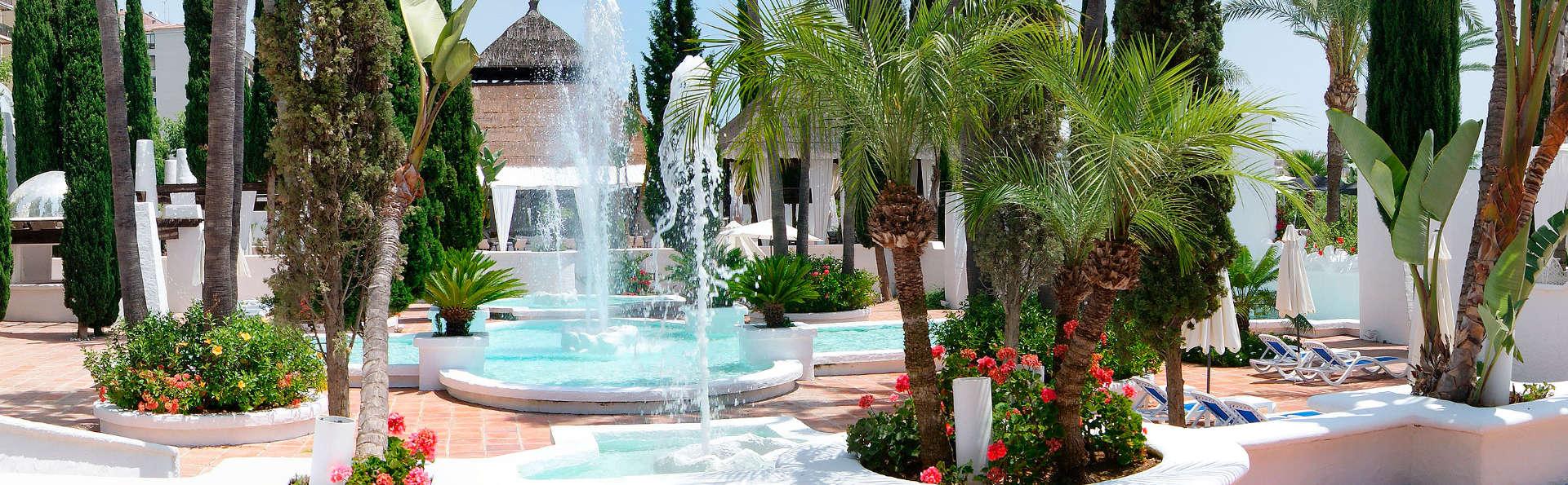 Lujo en suite superior con cena y zona relax privada en Almuñecar
