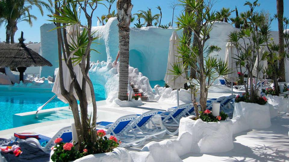 Hotel Albayzin del Mar - EDIT_pool22.jpg