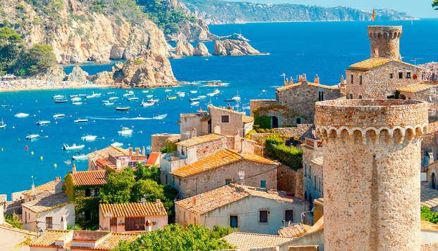 Oferta Exclusiva : Cena en el corazón de la Costa Brava al lado de la playa