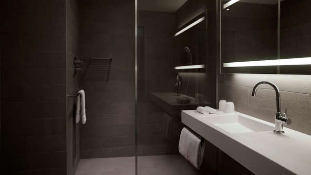 Pullman Paris Tour Eiffel - bathroom - Copie