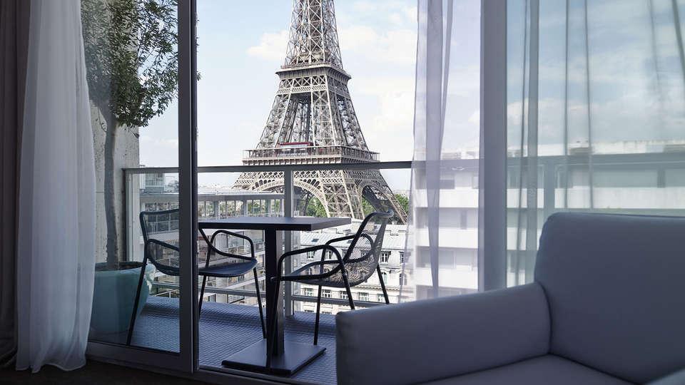 Pullman Paris Tour Eiffel - EDIT_view.jpg