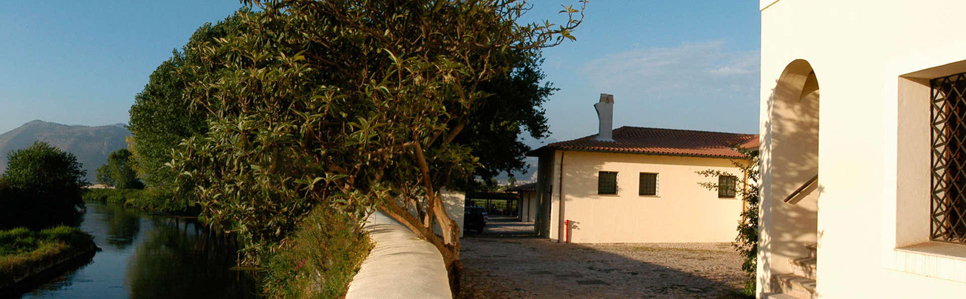 Foro Appio Mansio Hotel - EDIT_front4.jpg