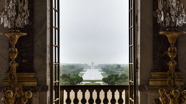 Le Louis Versailles Chateau MGallery by Sofitel - Waterfall cr Anders Sune Berg A Olafur Eliasson