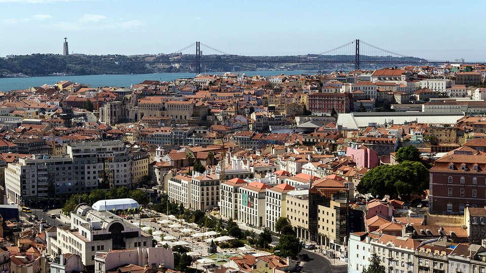 Neya Lisboa Eco Hotel - EDIT_Lisbon_view.jpg