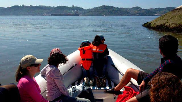 Escapada con paseo en lancha por el Río Tajo de Lisboa y acceso al Spa en un hotel de lujo