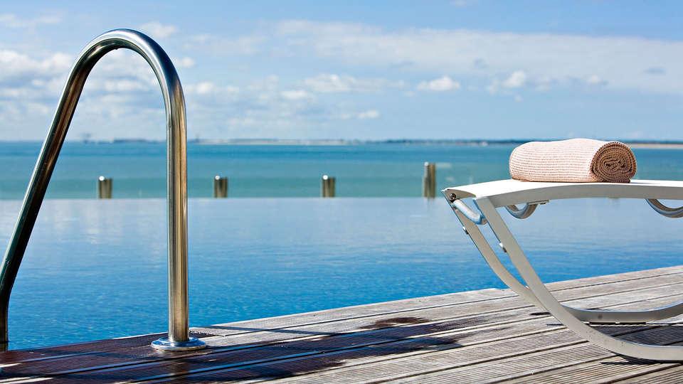week end a la mer royan avec 1 acc s la thalasso pour 2 adultes partir de 116. Black Bedroom Furniture Sets. Home Design Ideas