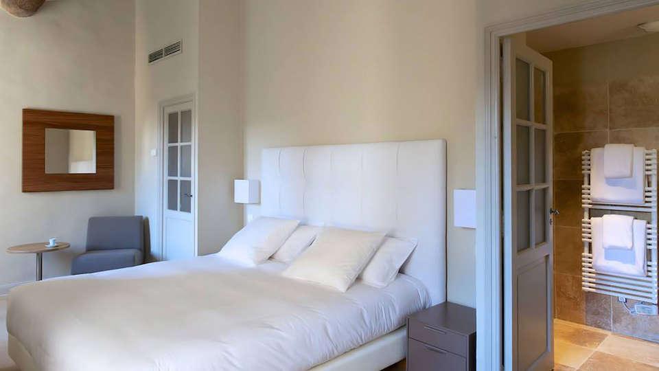 Hôtel La Bégude Saint Pierre - EDIT_room1.jpg