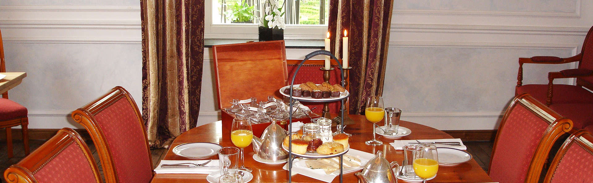 Sandton Château de Raay - EDIT_breakfast.jpg