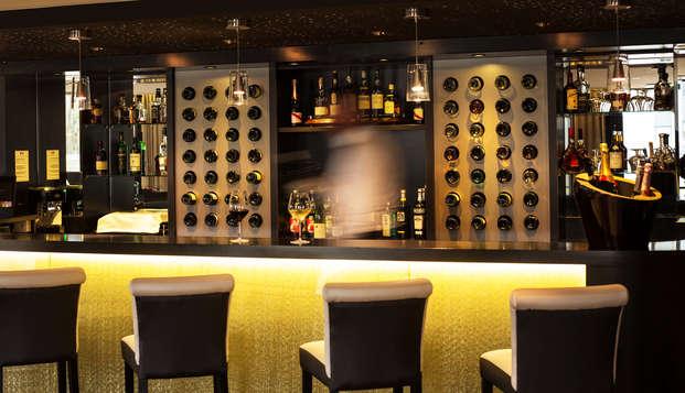 Le Colisee Hotel et Spa - bar