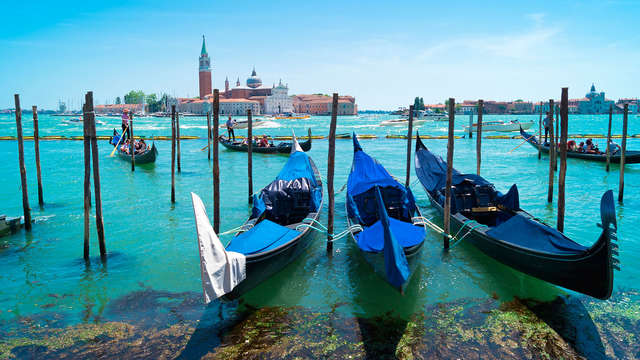 ¡Estancia muy cerca de Venecia con un paseo en góndola a un precio especial!