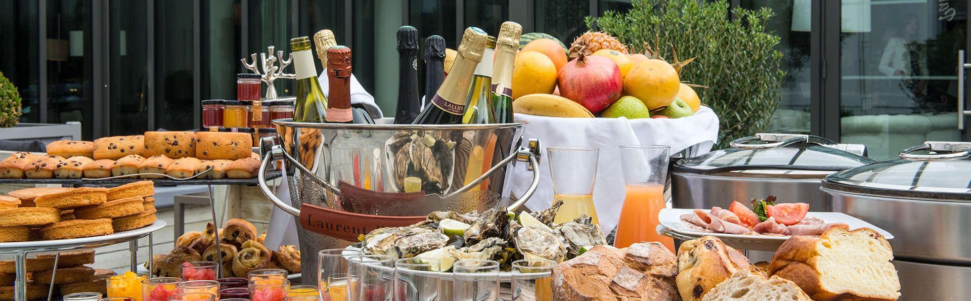 Château des Tourelles Hôtel Thalasso Spa Baie de La Baule - EDIT_breakfast.jpg
