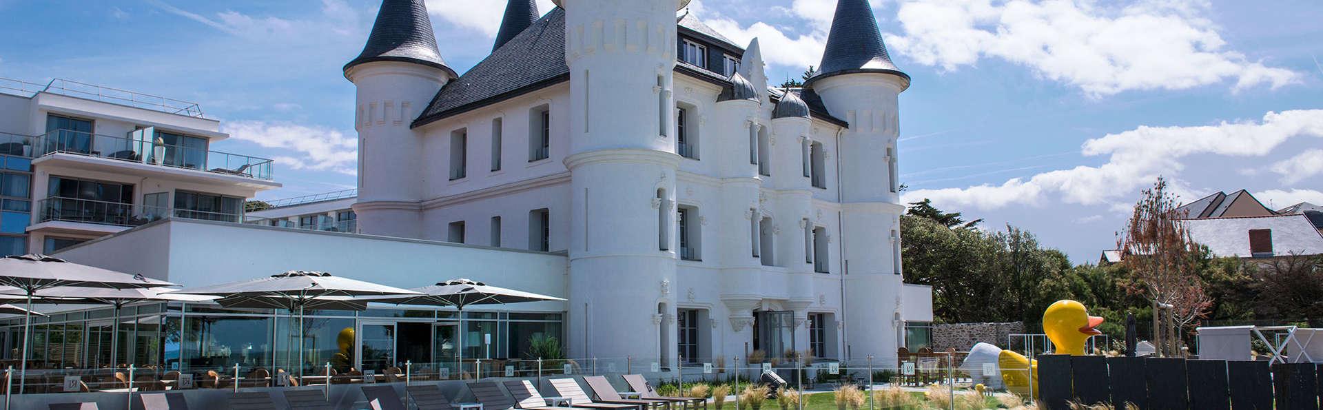 Château des Tourelles Hôtel Thalasso Spa Baie de La Baule - EDIT_exterior4.jpg