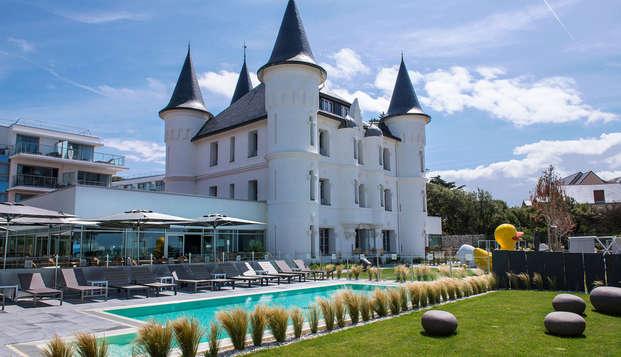 Chateau des Tourelles Hotel Thalasso Spa Baie de La Baule - exterior