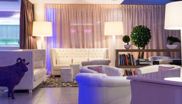 Chateau des Tourelles Hotel Thalasso Spa Baie de La Baule - piano lobby-