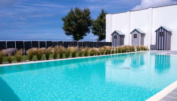 Chateau des Tourelles Hotel Thalasso Spa Baie de La Baule - Piscine-exterieure