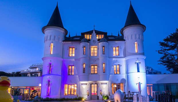 Chateau des Tourelles Hotel Thalasso Spa Baie de La Baule - Vue-chateau