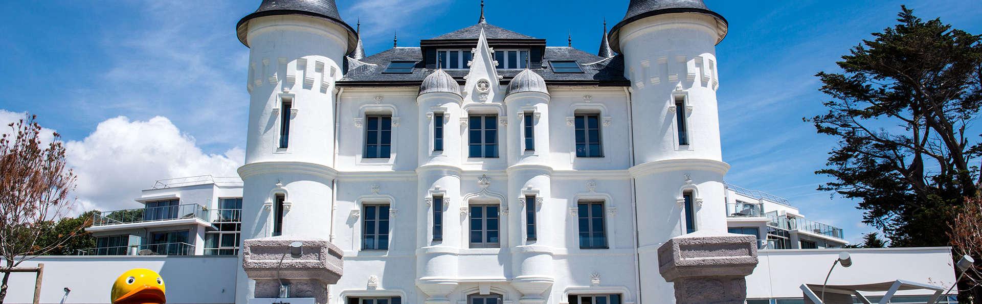 Château des Tourelles Hôtel Thalasso Spa Baie de La Baule - EDIT_front.jpg