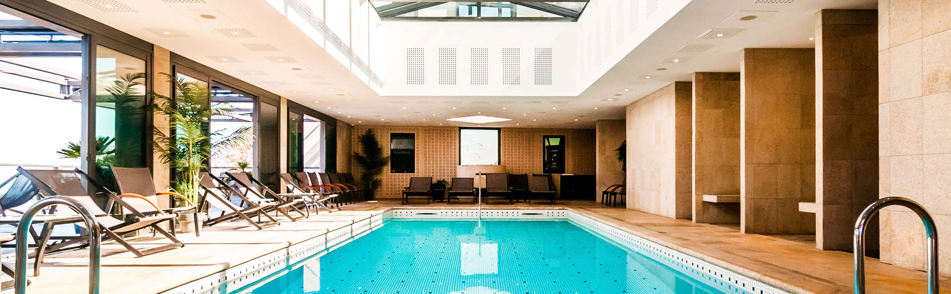 L'Agapa Hotel Spa Nuxe - EDIT_pool8.jpg