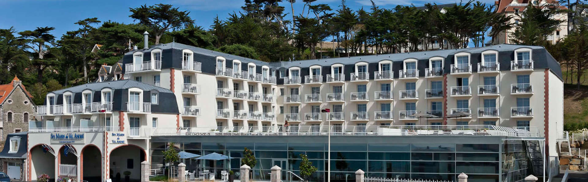 Escale romantique avec accueil VIP face à la mer à Pléneuf-Val-André