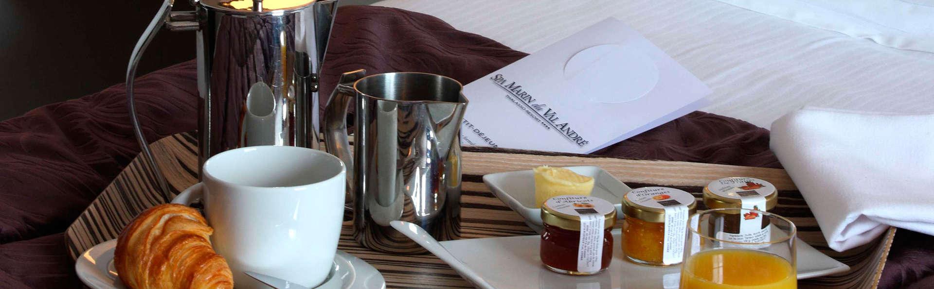 Spa Marin du Val André Thalasso Resort - EDIT_Breakfast.jpg