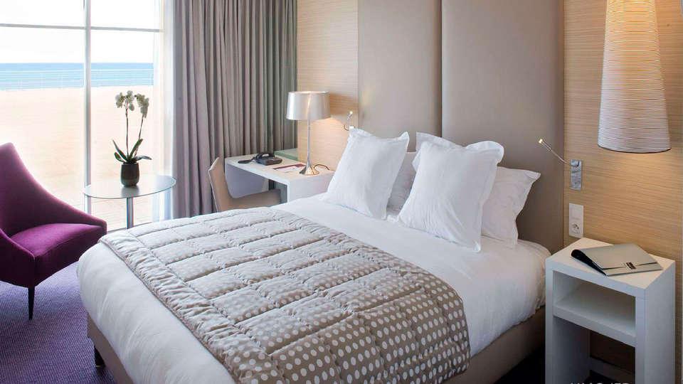 Spa Marin du Val André Thalasso Resort - EDIT_room33.jpg