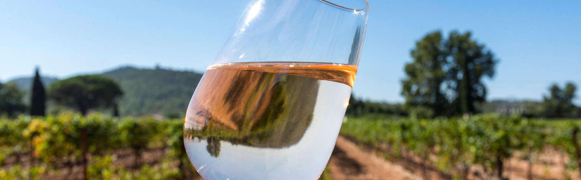 Offre spéciale: Profitez d'une dégustation de vins et accès au jacuzzi privé