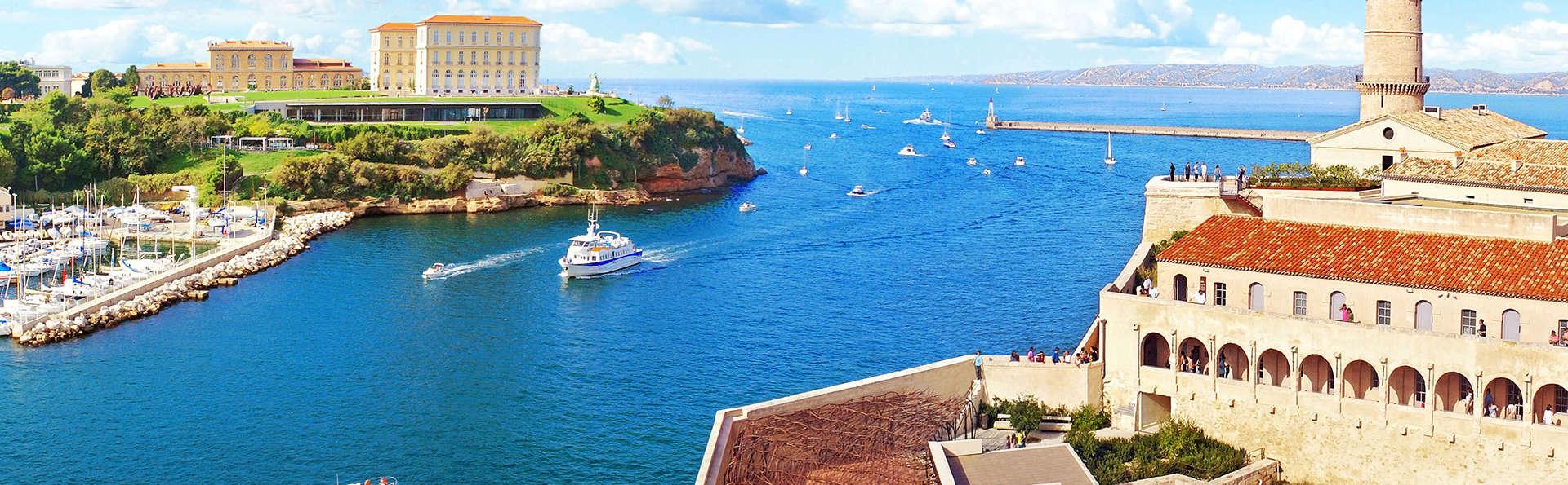 Week-end romantique avec champagne au coeur Marseille